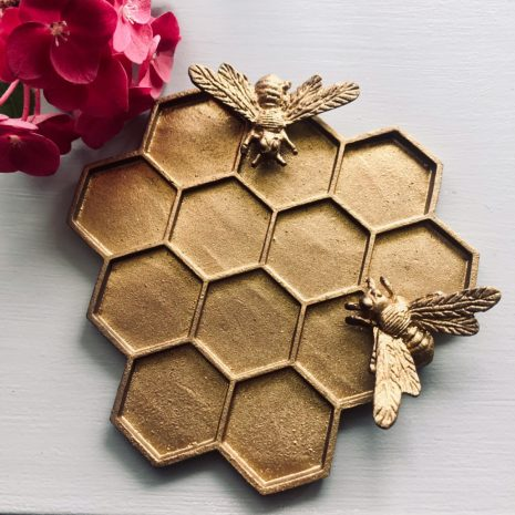 Hudson Belle gifts pewter bee tray